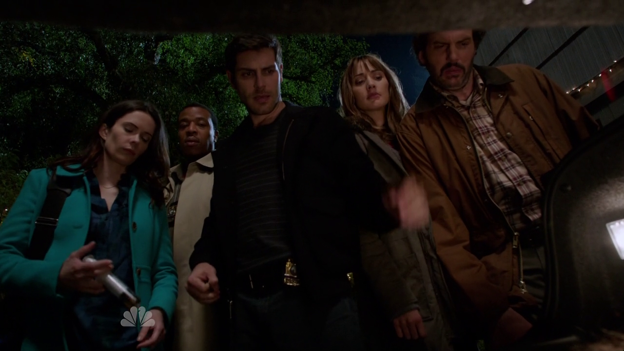 Les critiques // Grimm : Saison 4. Episode 7. The Grimm Who Stole Christmas.