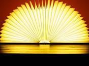 L'idée cadeau déco Noël lampe livre Lumio