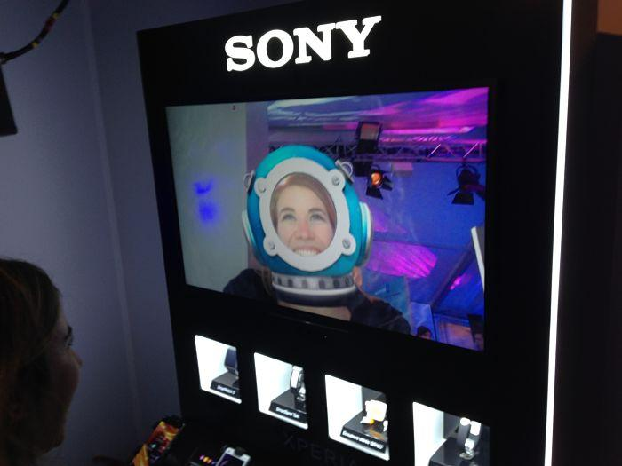 Sony noel  chalet sony jeu interactif scaphandrier photo