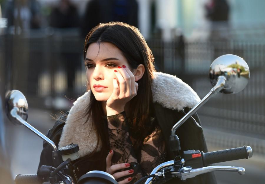 Behind the scenes on an Estée Lauder ad shoot with Kendall Jenner. Photo courtesy of Estée Lauder (1)