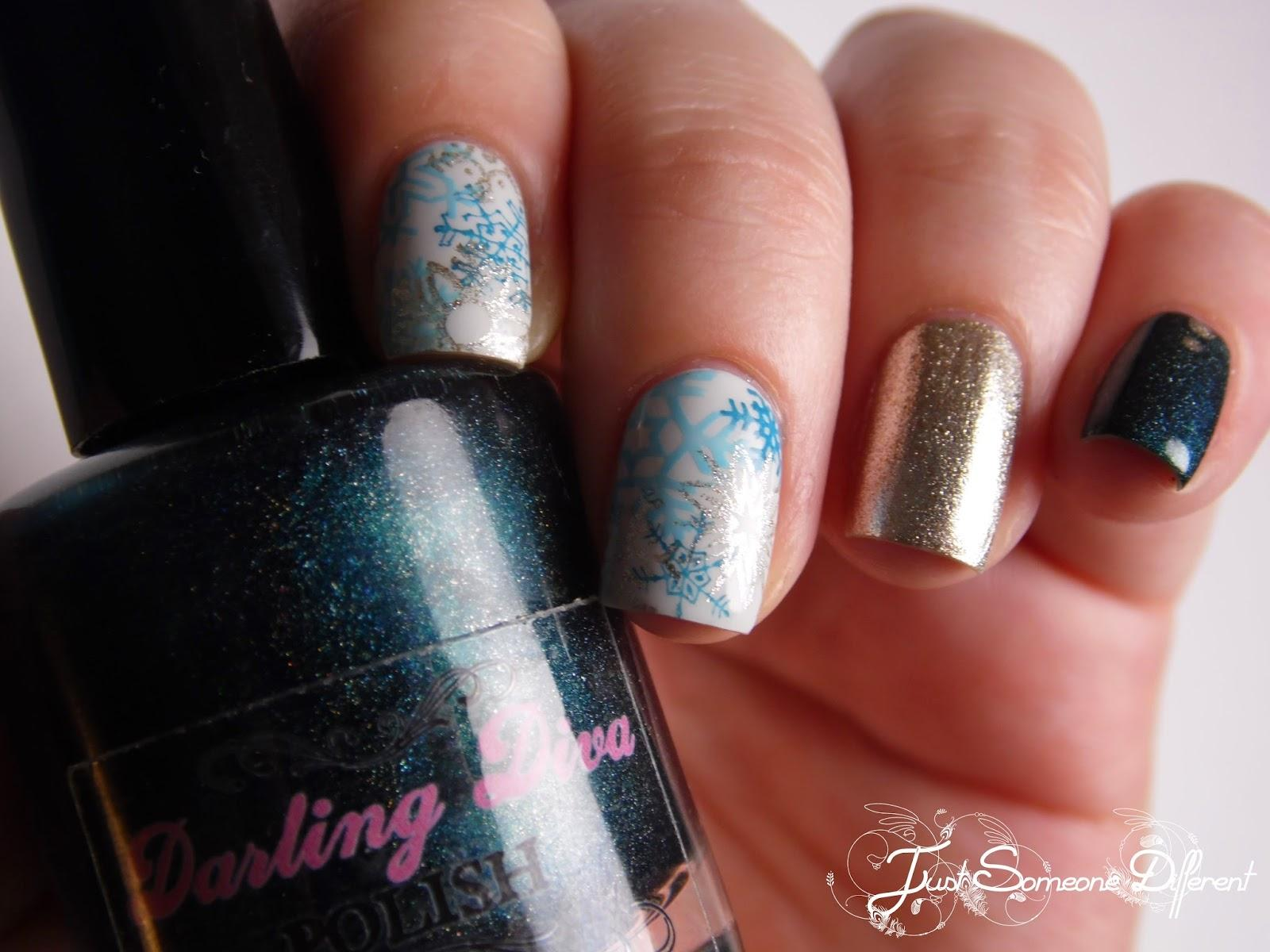 Winter nails #1: Icy snowflakes