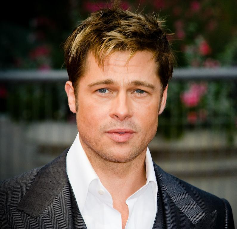 18 décembre : Happy birthday Pape Diouf, Laurent Voulzy & Brad Pitt