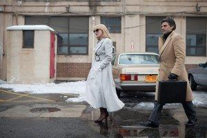 A-Most-Violent-Year-Photo-Jessica-Chastain-Oscar-Isaac-01