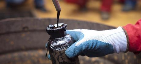 Du pétrole au Venezuela. REUTERS/Carlos Garcia Rawlins