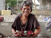 Bangkok, sans-abri fabricant tuk-tuk-jouets (HD)