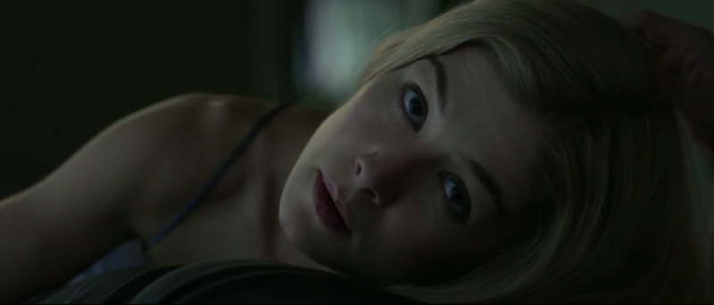 Gone_Girl_debut_amy