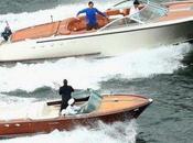 Federer Hewitt échangent balles deux bateaux