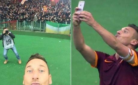 francesco_totti_e_il_selfie_da_derby_cos_ricorderanno_i_miei_go-0-0-429576