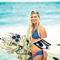 Le top 15 des surfeuses les plus sexy du moment