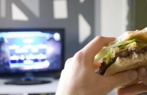 PSYCHO et OBÉSITÉ: Télévision, la construction d'une image fataliste de l'alimentation  – International Journal of Communication and Health