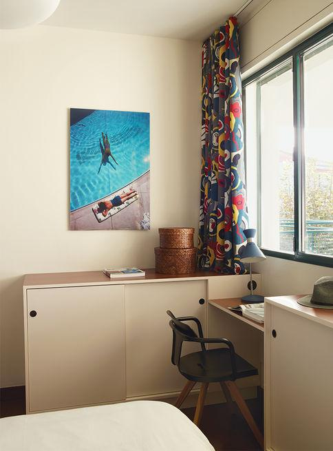royan-treatment-workspace-graphic-curtains