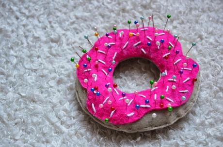 pique aiguille donut diy