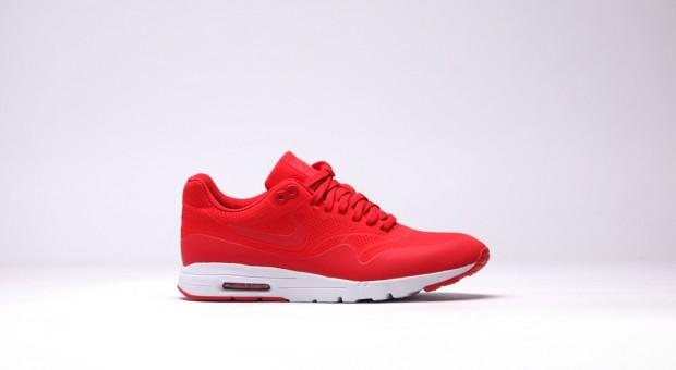 nike-wmns-air-max-1-ultra-moire-univerrsity-red