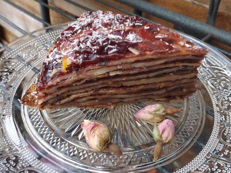 Gâteau de crêpes à la confiture de cerises et sa mousse de tofu soyeux au chocolat IG bas