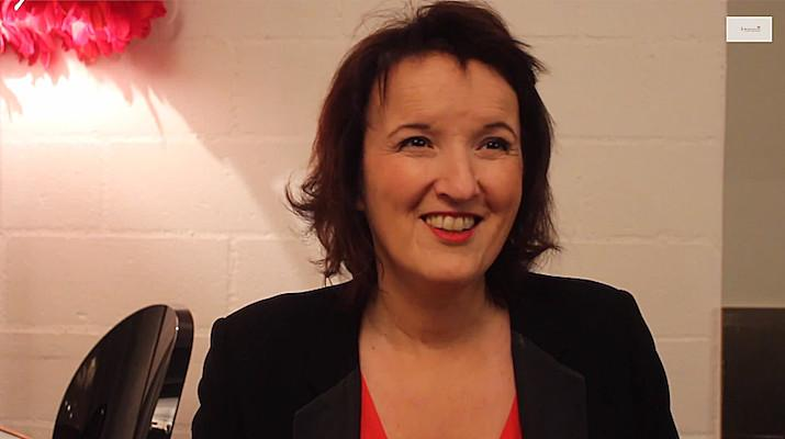 anne-roumanoff-interview-mediateaseur-illustration