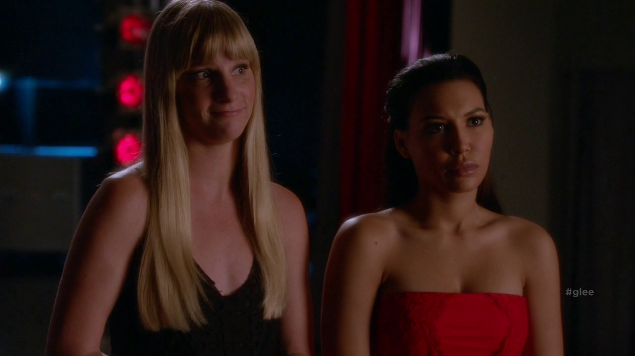 Les critiques // Glee : Saison 6. Episode 6. What the World Needs Now.