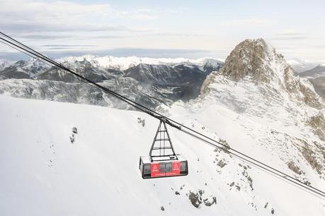 airbnb-courchevel-telecabine-ski-1