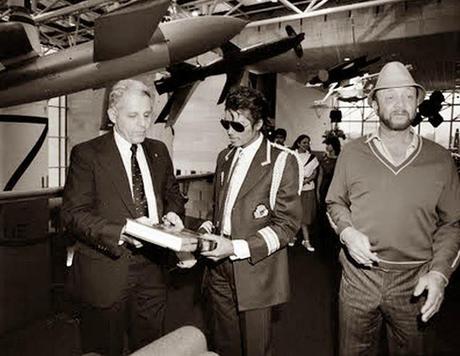 michael jackson museu aviação (1)