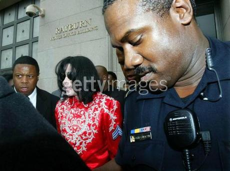 michael-jackson-discusses-the-aids-crisis-on-capital-hill(320)-m-28