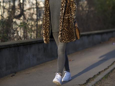 urban girl in paris