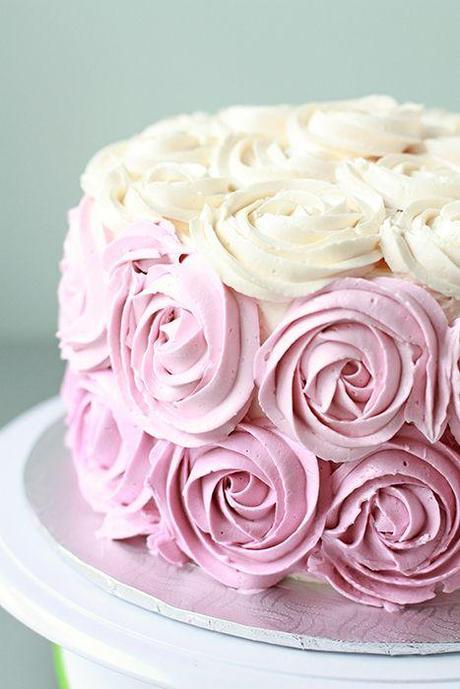 tuto rose cake pour d corer un g teau voir. Black Bedroom Furniture Sets. Home Design Ideas