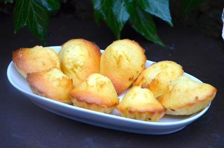 Madeleines aux zestes de citron