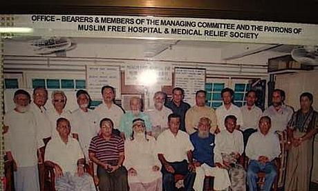 En plein coeur de Rangoun, des musulmans, des bouddhistes et des chrétiens soignent ensemble les plus démunis, hors de toute considération ethnique, religieuse ou politique.