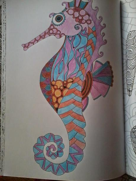 Bestiaire extraordinaire: 100 coloriages anti-stress