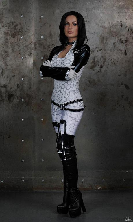i settle for nothing but the best    by hannuki d76gjdp Cosplay   Mass Effect   Miranda #60  mass effect Cosplay