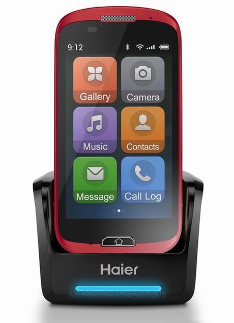 MWC 2015 : Haier pense aussi aux séniors pour ses smartphones