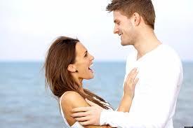 Relations : les compliments font durer !