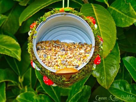 Mangeoire woodland diy paperblog - Fabriquer abreuvoir oiseaux ...