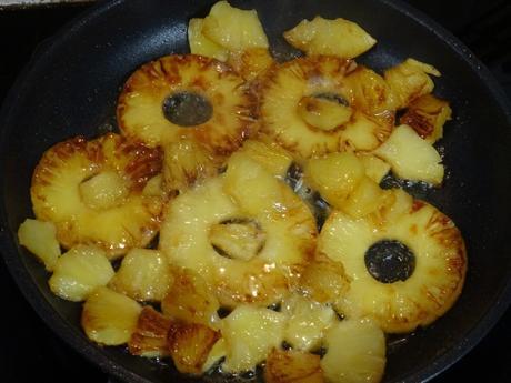 Début de la caramélisation des ananas