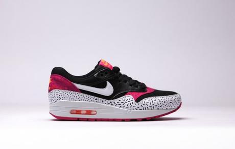 Nike-WMNS-Air-Max-1-Print-Dash-Dot-Fireberry