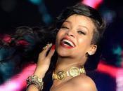 """Rihanna """"Bitch Better Have Money"""", écoutez single trash vulgaire"""