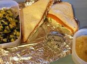 Lunch jour sandwich saumon, chèvre courgettes, compote pomme poire maison