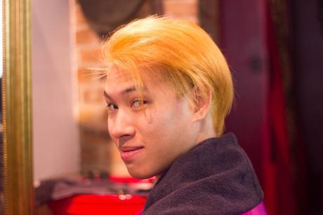 cheveux jaunes