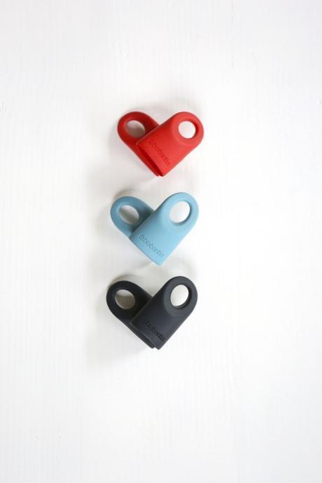 Accentline-Caps-Red-Dark-Mint-Black-Hearts