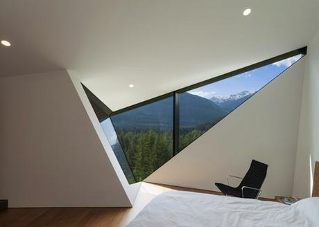 The-Steep-Chalet_10-640x457