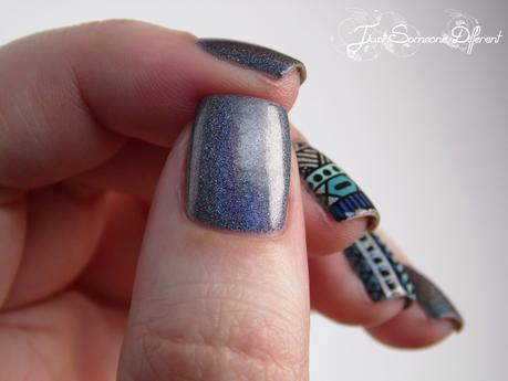 Reverse stamping week #1 - Aztec nails