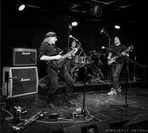 medecine-groove-trio