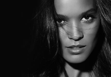 Yummy Girl : la Radieuse Liya Kebede, beauté africaine