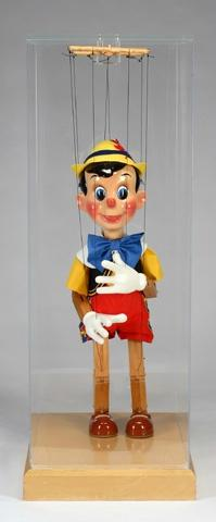 pinocchio-model-puppet-web