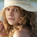 femme chapeau
