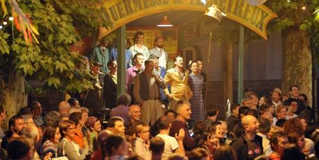 Sur la scène du Théâtre Molière Sète en Mai