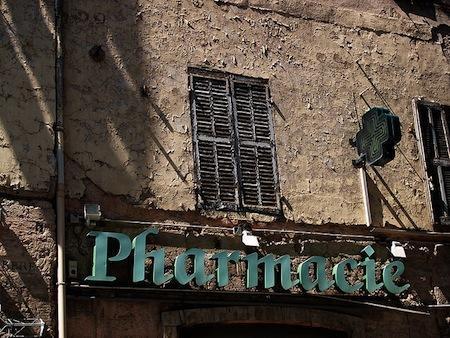 Les Français sont peu enclins à acheter leurs médicaments en ligne