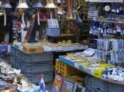 Week-end Dans allées marché Waterlooplein d'Amsterdam…