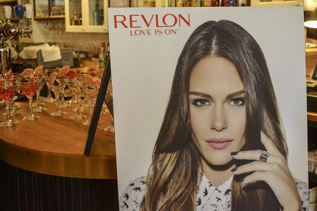 Marie-Pier Morin, la nouvelle ambassadrice Revlon #loveison