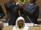 Robert Mugabe annonce retrait pays d'Afrique Cour Pénale Internationale