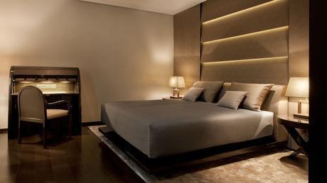 008755-11-Armani-Hotel-Milano_guestroom